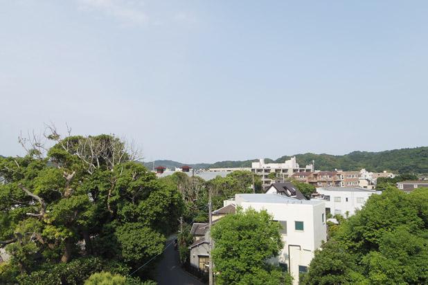 鎌倉市中央図書館3階からの眺め