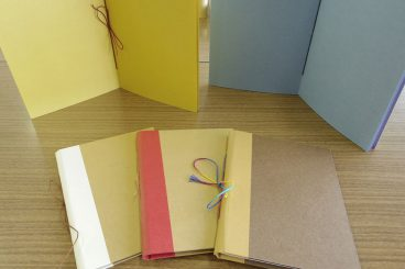三ツ目綴じノート
